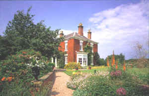 Bolham Manor Guest House, Retford, Nottinghamshire, offering quality bed & breakfast accommodation, in a peaceful garden setting, on the borders of Notts, Lincs and South Yorks.